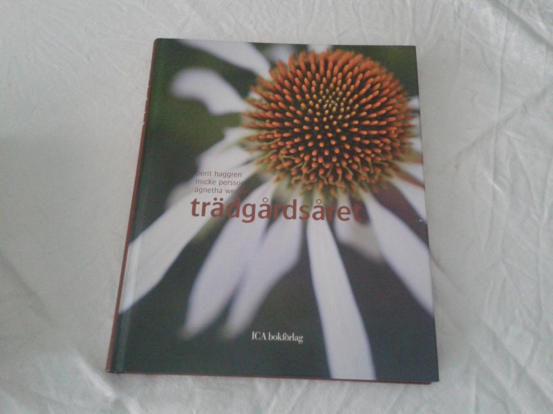 trädgårdsåret bok